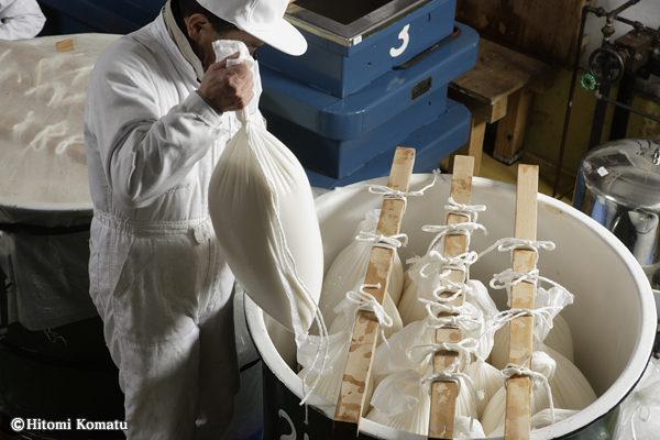 今月の一枚・2011年11月-12月/ 酒を作る。3「麹」